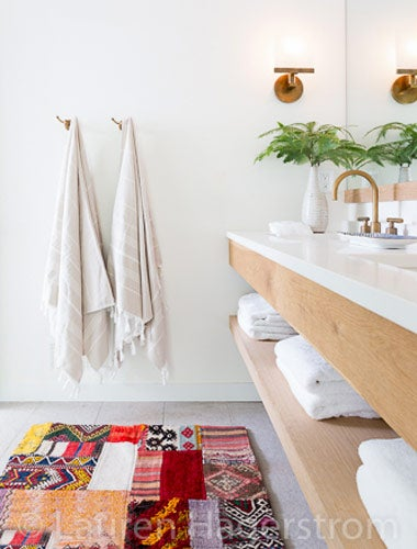 kantha bathroom